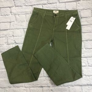 O'Neill raw hem skinny pants.Green. New **